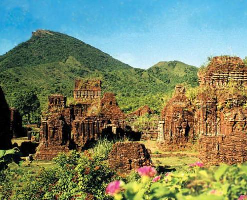 Wietnam zabytki egzotyczne wycieczki. TOP TRAVEL Ekskluzywne wakacje Azja.