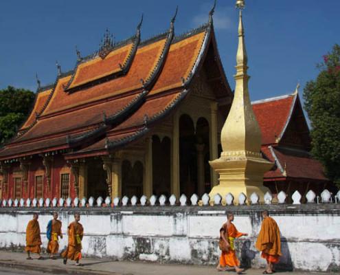 Laos wycieczka objazdowa Luang Prabang, jaskinie Pak Ou, Vang Vieng, Vientiane