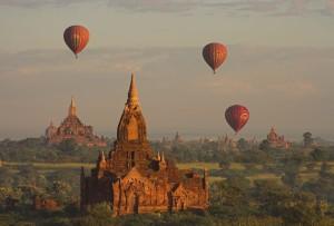 Wakacje Birma Loty Balonem