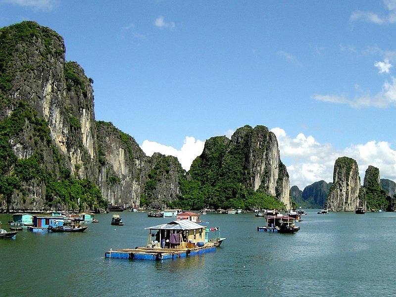 Wietnam wycieczki zatoka halong