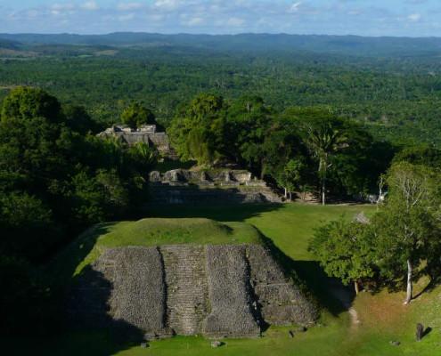 Belize wycieczka objazdowa. Egzotyczne wakacje piramidy majów. TOP TRAVEL Ekskluzywne wycieczki Ameryka Środkowa.