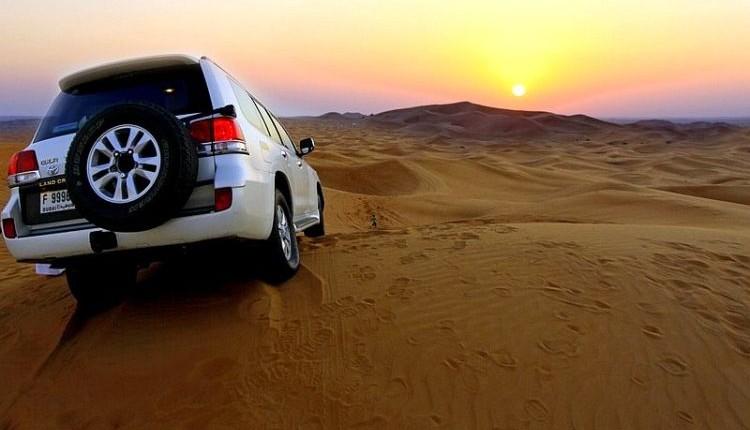Emiraty Arabskie wycieczki safari pustynia