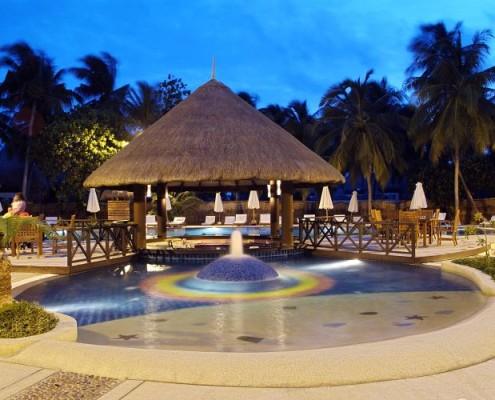 Malediwy podróże hotel bandos