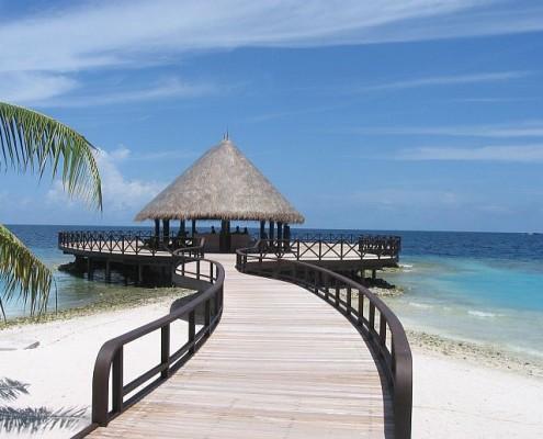 Wczasy Malediwy ekskluzywne wycieczki hotel bandos ocean indyjski